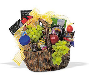 Gourmet Picnic Basket from Martinsville Florist, flower shop in Martinsville, NJ
